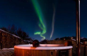 hot tub in winter